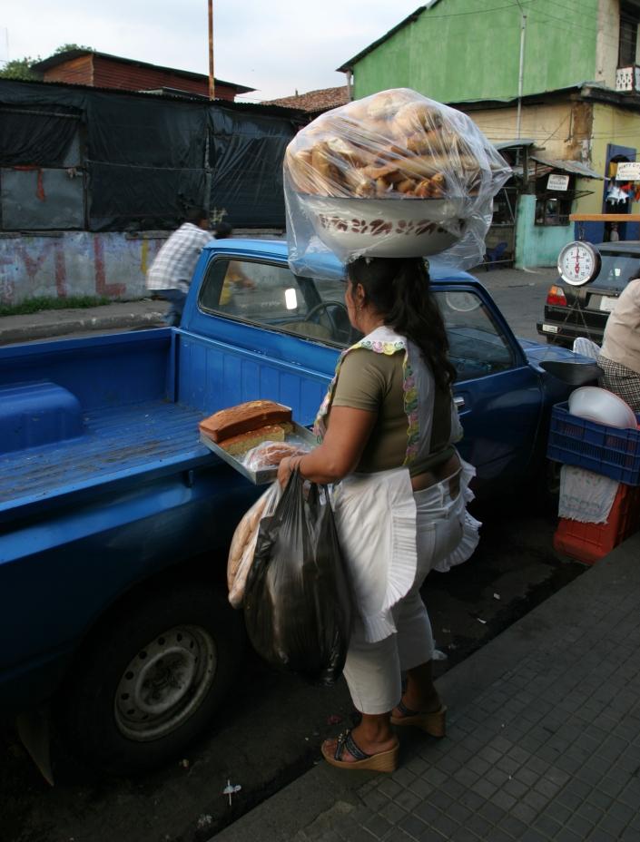 0903b nic leon bread lady